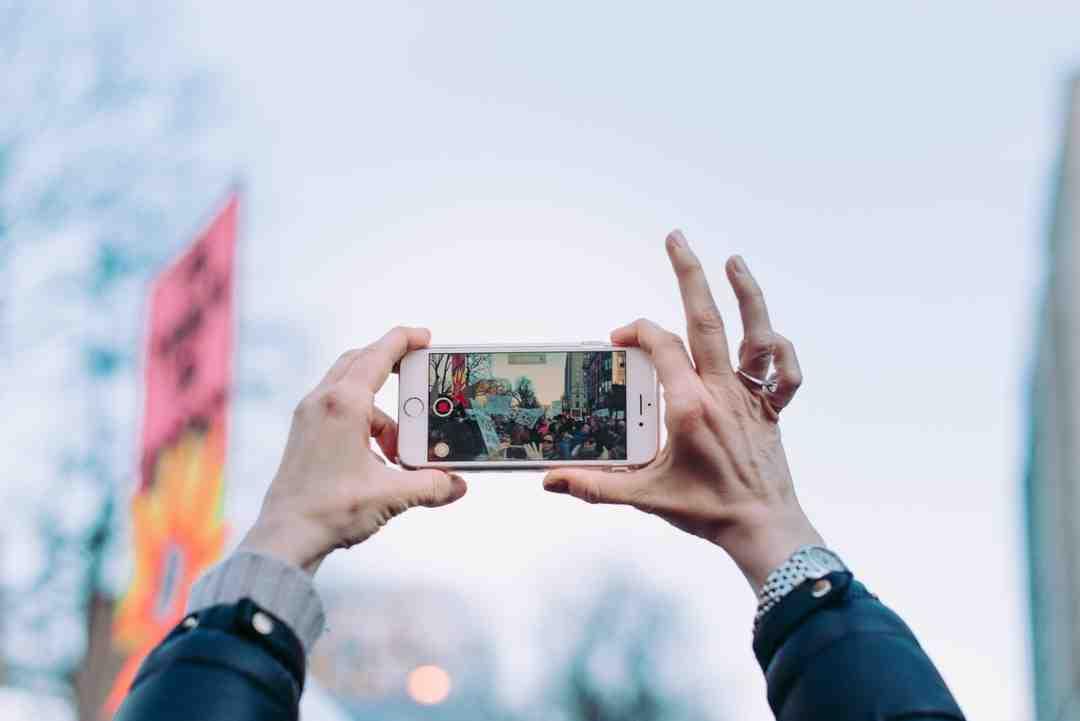 Comment mettre des photos sur un iPhone sans iTunes ?