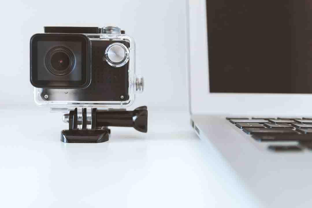Comment ouvrir une GoPro 8 ?
